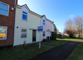 Thumbnail 2 bedroom terraced house to rent in Whinchat, Aylesbury