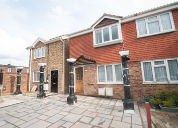 Thumbnail 2 bed flat to rent in Paddingtom Close, Hayes