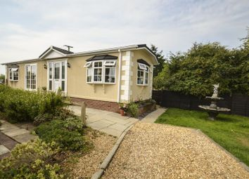 Thumbnail 2 bed mobile/park home for sale in Fleur-De-Lys Park, Pilley Hill, Pilley, Lymington