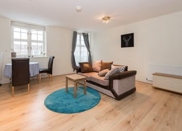 Thumbnail 2 bed flat to rent in Corringway, Hampstead