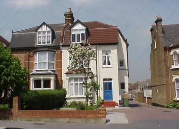 1 bed maisonette to rent in Enmore Road, London SE25
