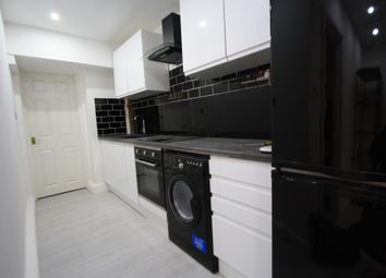 Thumbnail 1 bed flat to rent in Lower Addiscombe, Croydon