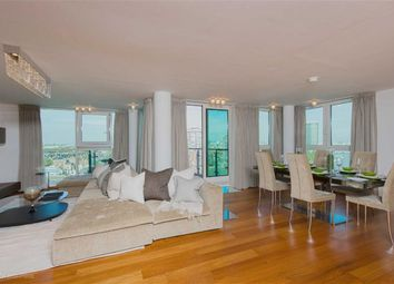 Thumbnail 3 bed flat for sale in Kestrel House, Vauxhall, London