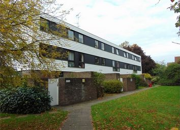 Thumbnail 2 bed flat to rent in Bulmershe Road, Reading, Berkshire