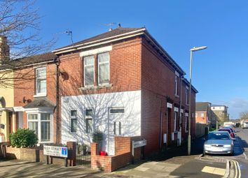 Thumbnail 1 bed flat for sale in High Street, Eastleigh