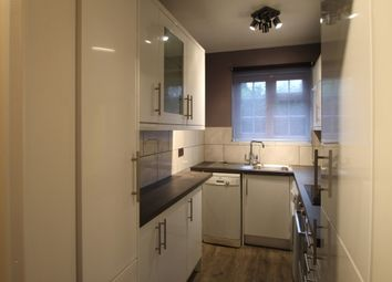 Thumbnail 2 bed flat to rent in Grayswood Road, Grayswood, Haslemere