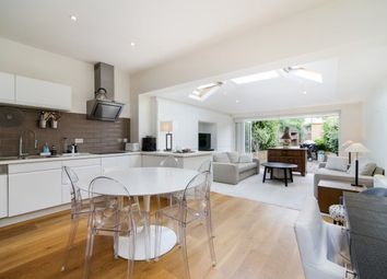 Thumbnail 4 bed property to rent in Heythorp Street, London