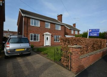 Thumbnail 4 bed detached house for sale in Mount Avenue, Winterton, Scunthorpe