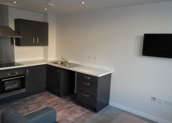 Thumbnail 1 bed flat to rent in Grattan Mills Vincent St, City Centre