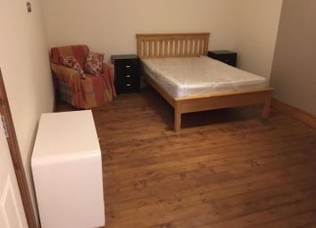 Room to rent in Chesterfield Road, Sheffield S8