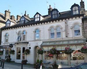 Thumbnail Studio to rent in Cheltenham Crescent, Harrogate