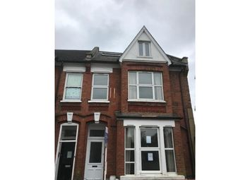 Thumbnail 6 bed flat to rent in Glengarry Road, Dulwich