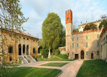 Thumbnail Hotel/guest house for sale in Hills, Verona (City), Verona, Veneto, Italy
