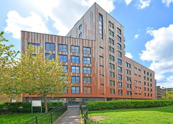 Thumbnail 3 bedroom flat for sale in Cresset Road, London