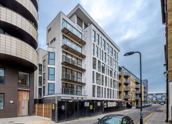Thumbnail 3 bed flat to rent in Alpha House, Tyssen Street, London