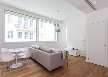 1 bed flat to rent in Rathbone Place, London W1T