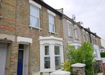 Thumbnail 1 bed detached house to rent in Albany Avenue, Westcliff-On-Sea