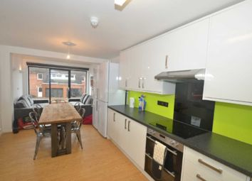 Thumbnail 7 bed property to rent in Allcroft Road, Reading