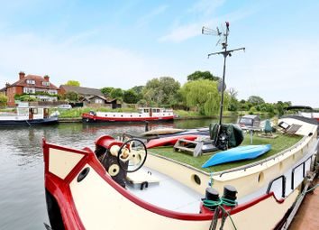 2 bed houseboat for sale in Riverside, Laleham Reach, Chertsey KT16