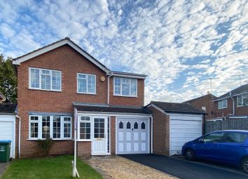 Thumbnail 4 bed detached house for sale in Hare Close, Buckingham