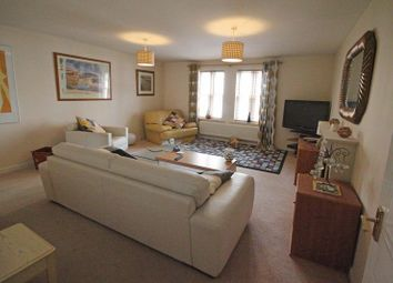 Thumbnail 2 bedroom flat for sale in Battle Hill, Hexham