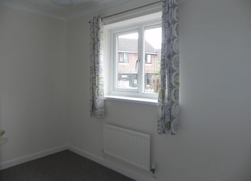 Thumbnail 3 bed detached house to rent in Moss Close, Arnold