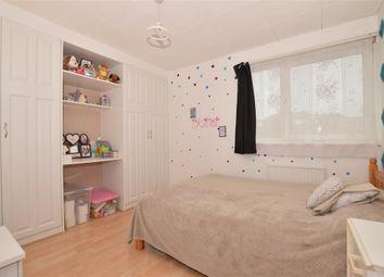 2 bed maisonette for sale in Eglinton Road, London SE18