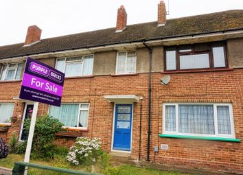 Thumbnail 2 bedroom flat for sale in Morris Road, Romford