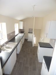Thumbnail 4 bed flat to rent in Whitehall Road, Gateshead