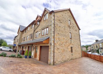 Standroyd Court, Colne BB8. 3 bed town house