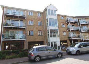 Thumbnail 2 bedroom flat to rent in Poppy Close, Luton