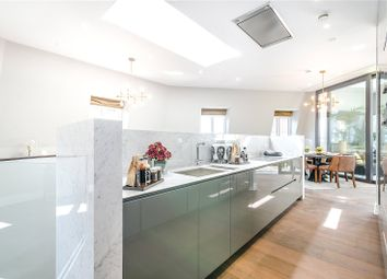 Thumbnail 3 bed maisonette for sale in Tufton Street, London