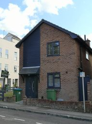 3 bed detached house to rent in Amoy Street, Southampton SO15