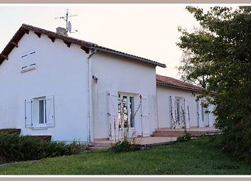 Thumbnail 4 bed detached house for sale in Poitou-Charentes, Vienne, Lhommaize