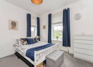 Neeld Crescent, Wembley HA9. 3 bed flat