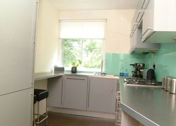 Thumbnail 2 bed flat to rent in Upper Richmond Road, West Putney