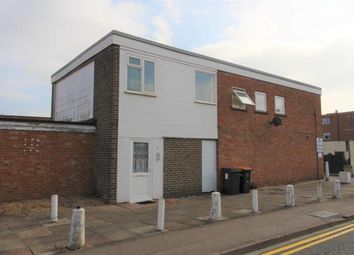 Thumbnail 1 bed flat to rent in Priory Street, Bedford