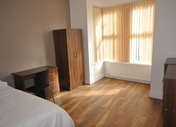 Thumbnail 5 bedroom shared accommodation to rent in Raven Road, Hyde Park, Leeds