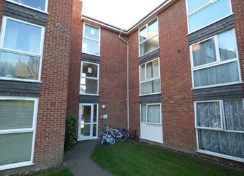 Thumbnail 2 bed flat for sale in Shurland Avenue, East Barnet, Herts