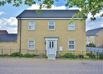 Thumbnail 4 bed detached house for sale in The Avenue, Didcot