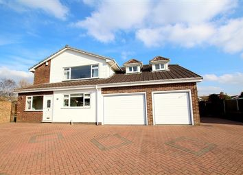 Thumbnail 5 bed property for sale in Heathway, Preston
