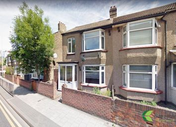 Thumbnail 2 bed duplex to rent in Waterloo Road, Romford