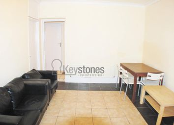 2 bed flat to rent in Burdett Road, Mile-End E14