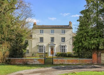 Totteridge Green, London N20. 7 bed detached house for sale