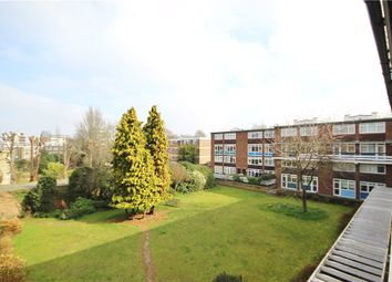 2 bed maisonette to rent in Carlton Drive, Putney SW15