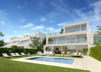Thumbnail 3 bed villa for sale in Spain, Cádiz, San Roque, Sotogrande