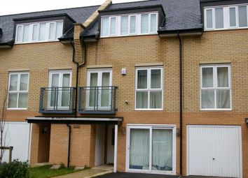 Thumbnail Room to rent in Romsey Town