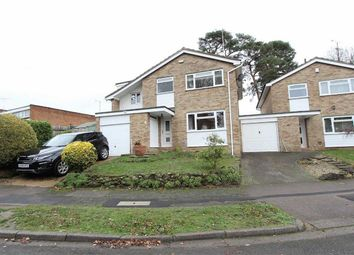 Thumbnail 5 bed link-detached house for sale in Chiltern Gardens, Leighton Buzzard