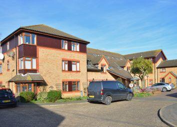 Winston Close, Felixstowe IP11. 2 bed flat for sale