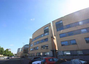 2 bed flat to rent in Queen Elizabeth Gardens, Oatlands, Glasgow G5